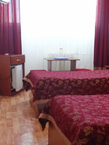 Двухместный номер Twin с двумя кроватями заказать.